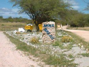 Entrada do Parque Temático Mina Brejuí, mina que explora scheelita desde 1943.